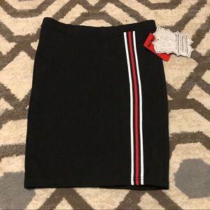🌺 3/$20 mix/match Hot Kiss women's mini skirt